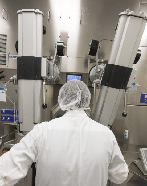 Dons investis dans la recherche scientifique